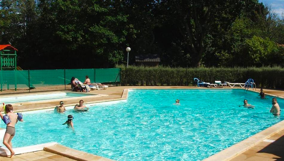 camping piscine
