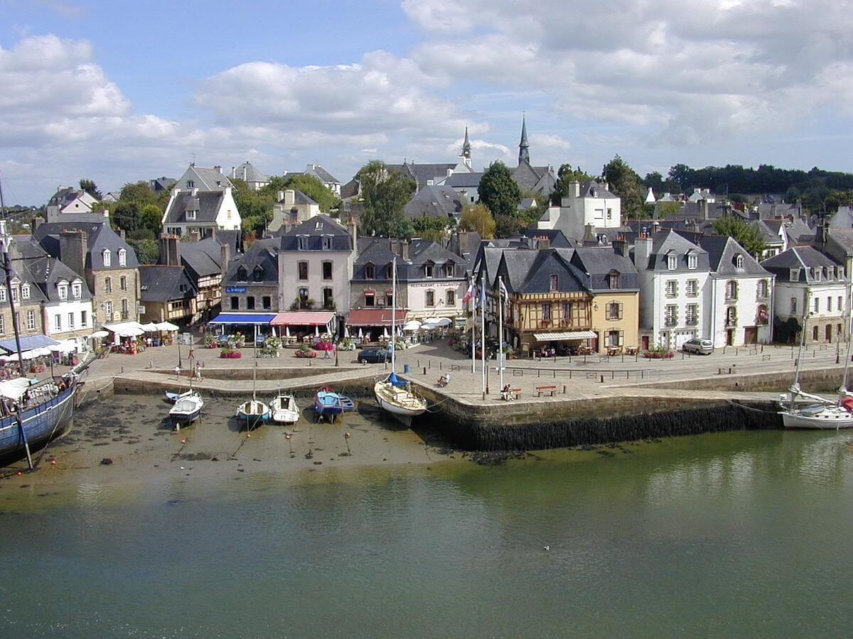port Saint-Goustan à Auray près du camping 3 étoiles Kervastard
